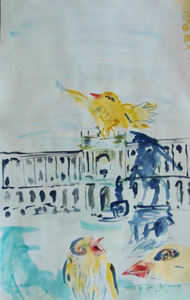drei gelbe Vögel mit schwarzen Punkten, dahinter die Hofburg