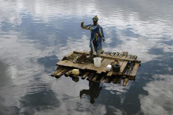 Theune auf dem Floß