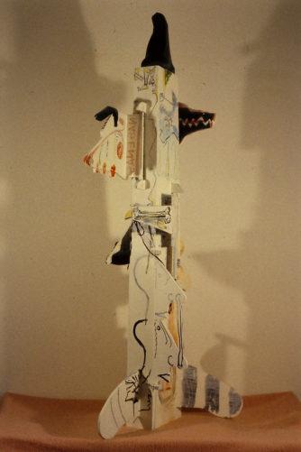 Pieu à nez pour l'adoration de la peur de l'homme d'Etat devant la perte de face, hauteur 200 cm, 1984