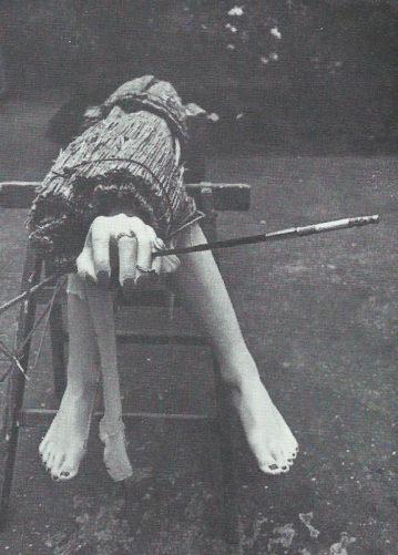 Fume-cigarette » - RMoulage de polyester, objets (disparu), 1975